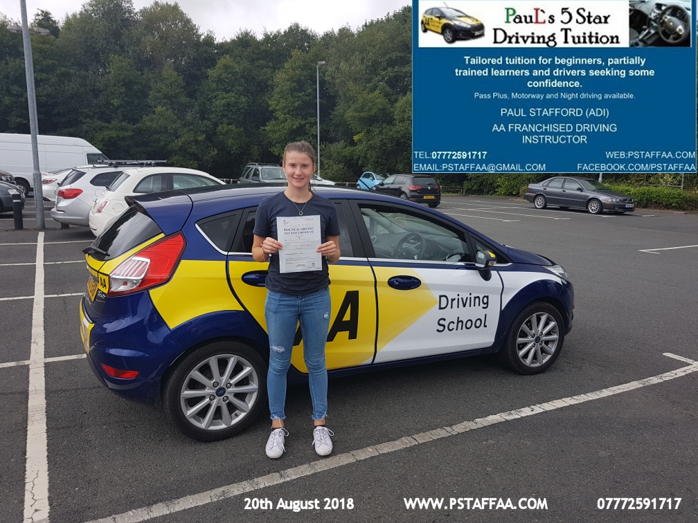 Esme Gibson Ledbury first time  zero faults driving test pass in hereford witrh Paul's 5 Star driving Tuition