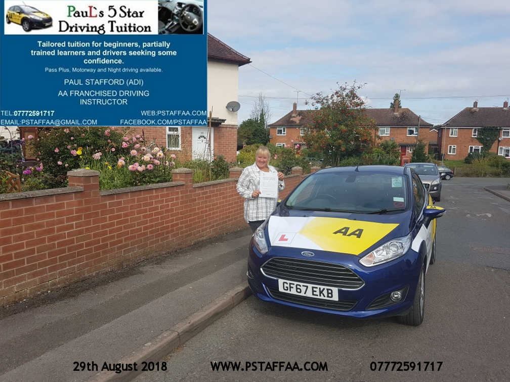 Lynsey Brown Ledbury first time driving test pass in hereford witrh Paul's 5 Star driving Tuition