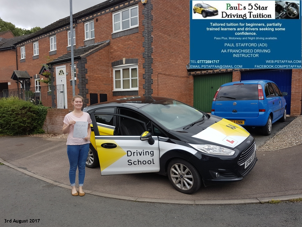 First time test pass pupil chloe edwards with paul;s 5 star driving tuition