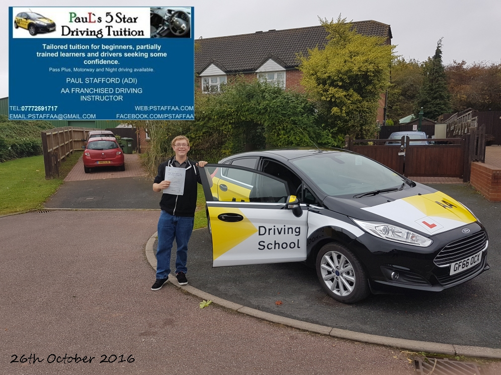 Test Pass Pupil gavin Carwood with Paul's 5 Star Driving Tuition