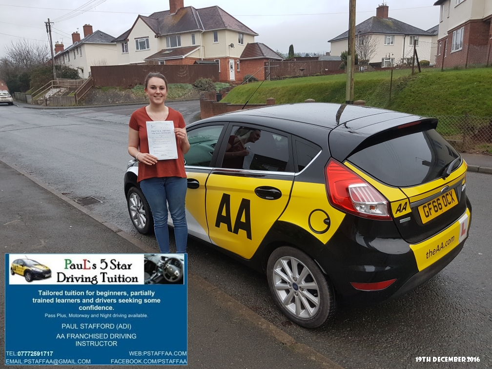 Test Pass Pupil Sarah Leversidge with Paul's 5 star Driving Tuition